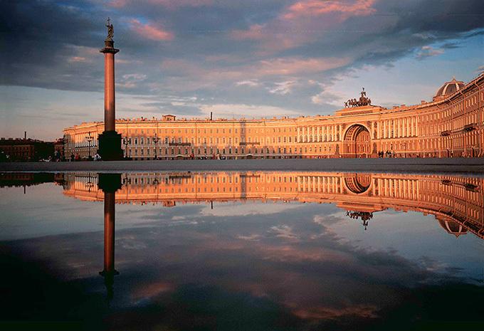 ドキュメンタリー映画『エルミタージュ美術館 美を守る宮殿』