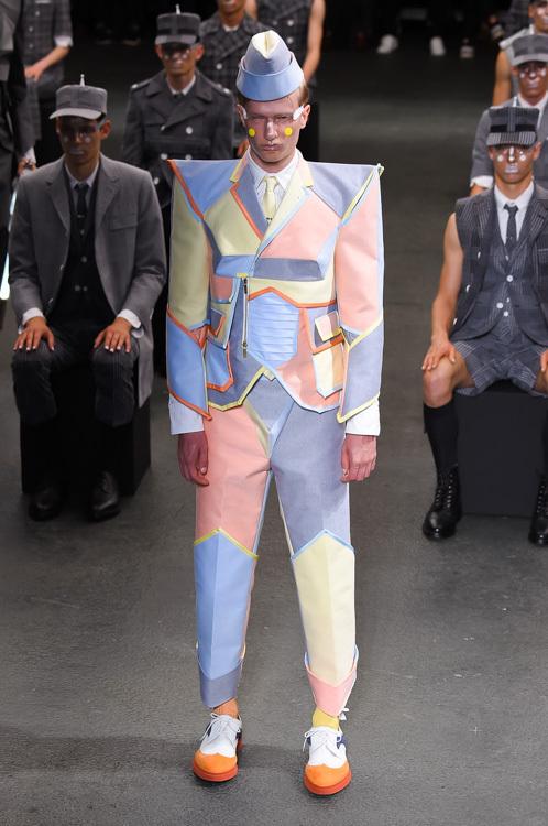 出典www.fashion,press.net
