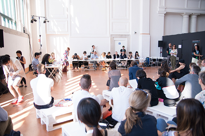 【特集】欧州最大のファッションコンテスト「ITS 2014」 -若きデザイナーたちの挑戦- 審査会場