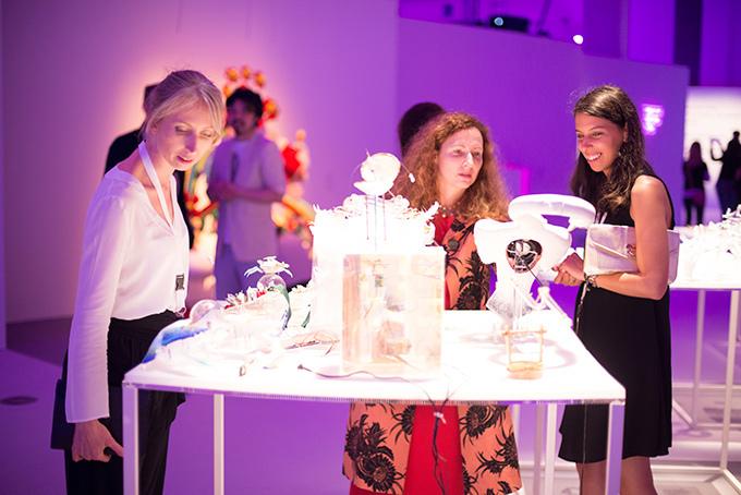 【特集】欧州最大のファッションコンテスト「ITS 2014」 -若きデザイナーたちの挑戦- 展示風景