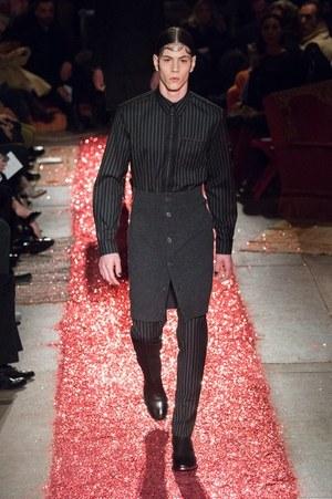 W300 givenchy mens 15aw 02