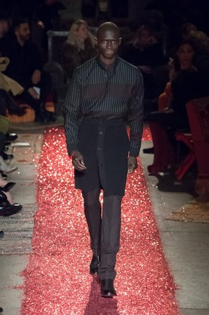 W300 givenchy mens 15aw 08