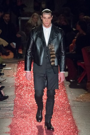 W300 givenchy mens 15aw 13