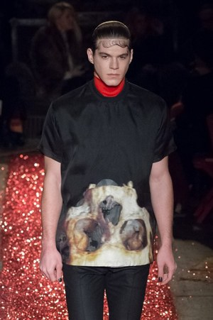 W300 givenchy mens 15aw 29