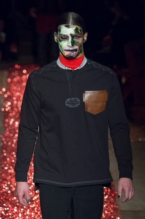 W300 givenchy mens 15aw 51