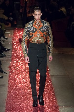 W300 givenchy mens 15aw 92