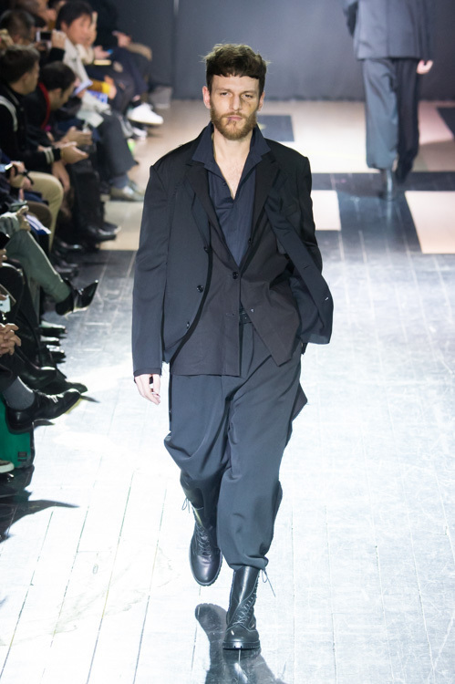 https://www.fashion-press.net/img/news/14896/yohji_15aw_04.jpg