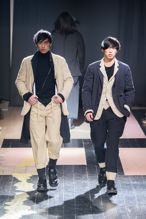 https://www.fashion-press.net/img/news/14896/yohji_15aw_28.jpg