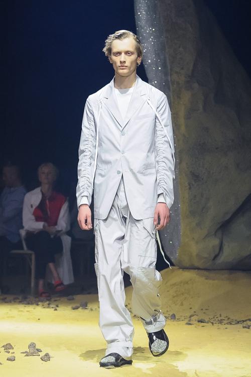 ケンゾー(KENZO) 2016年春夏コレクション - 見知らぬ場所を歩き旅するための服
