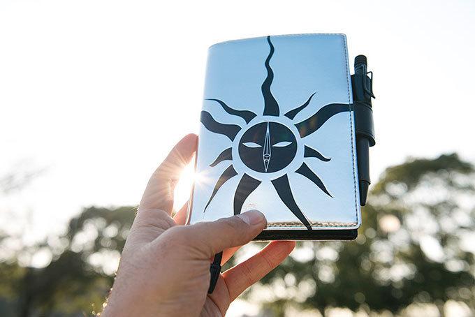 「ほぼ日手帳」から2016年春の新作 , 岡本太郎『太陽の塔』や川島小鳥『未来ちゃん』をデザイン