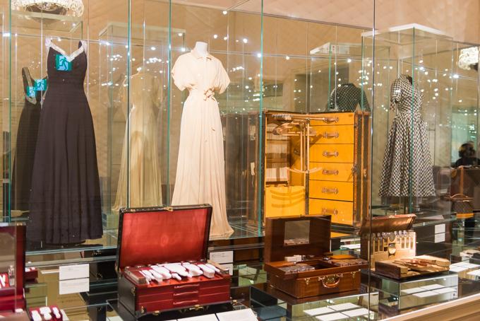 展覧会「旅するルイ・ヴィトン」の展示物、アーカイブバッグ・ウェア