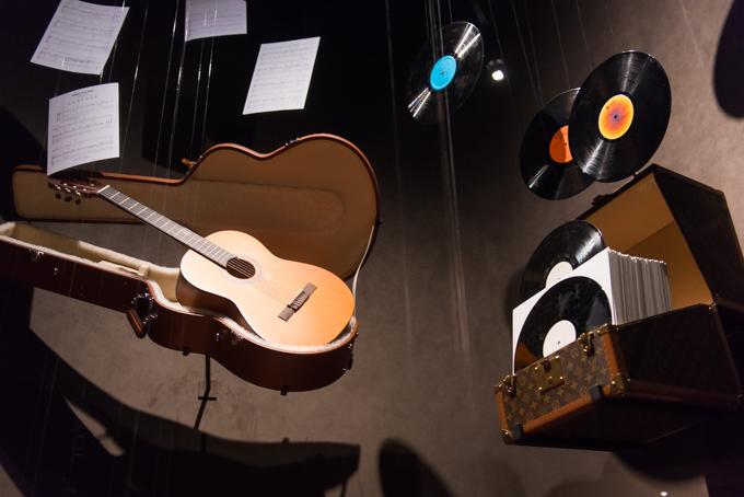 展覧会「旅するルイ・ヴィトン」の展示物、アーカイブバッグ