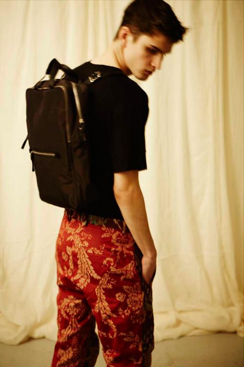 BLAAK 2011-12年秋冬コレクション Look 13