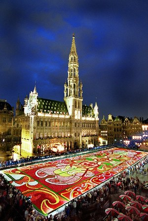 W300 brusselsflowercarpet 01
