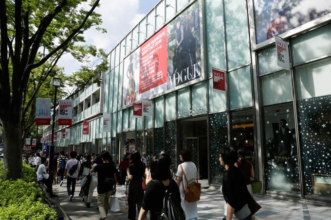 「ヴォーグ・ファッションズ・ナイト・アウト2017 神戸」17年3月