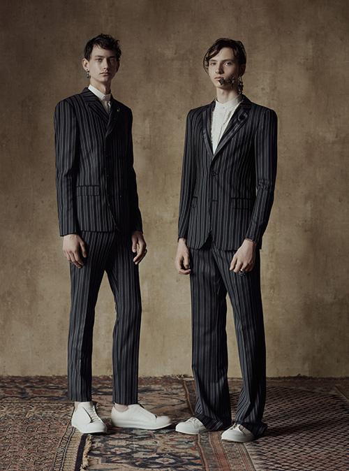 アレキサンダー・マックイーン 17年春夏メンズコレクション 60年代の世界観に多彩なスーツスタイルを