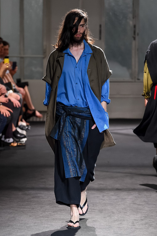 https://www.fashion-press.net/img/news/24372/YohjiYamamoto_2017ss_mens_039.jpg