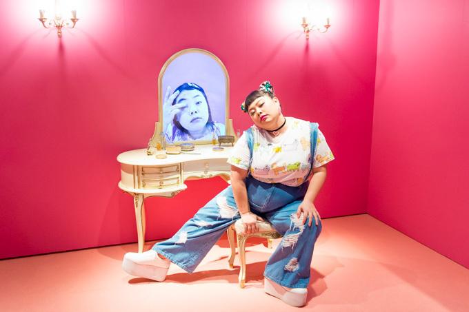 「渡辺直美展 Naomi\u0027s Party」全国に巡回 , 私服やメイク映像、好物グルメなど