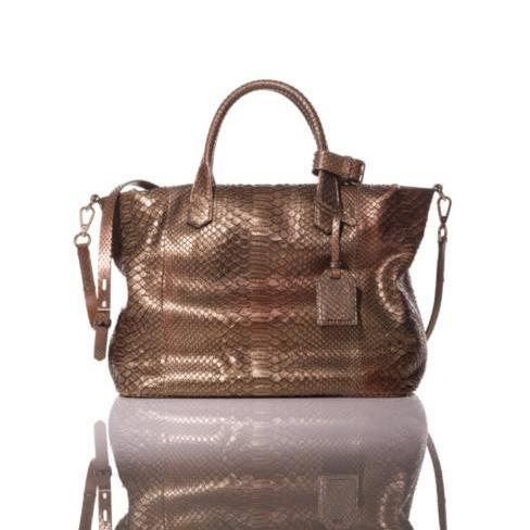 ハリウッド女優も愛用のバッグで上品な煌きを持ち運ぼう-Reedkrakoff(リードクラッコフ)から新色が登場