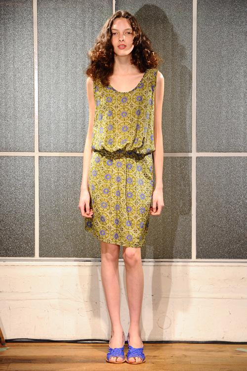 自由なミックス感でつくる夏のストライプスタイル - zucca(ズッカ) 2012年春夏コレクション