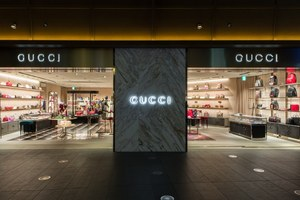 W300 gucci roppongi ph 04