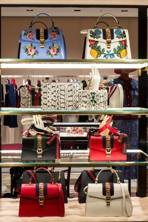 W300 gucci roppongi ph 10