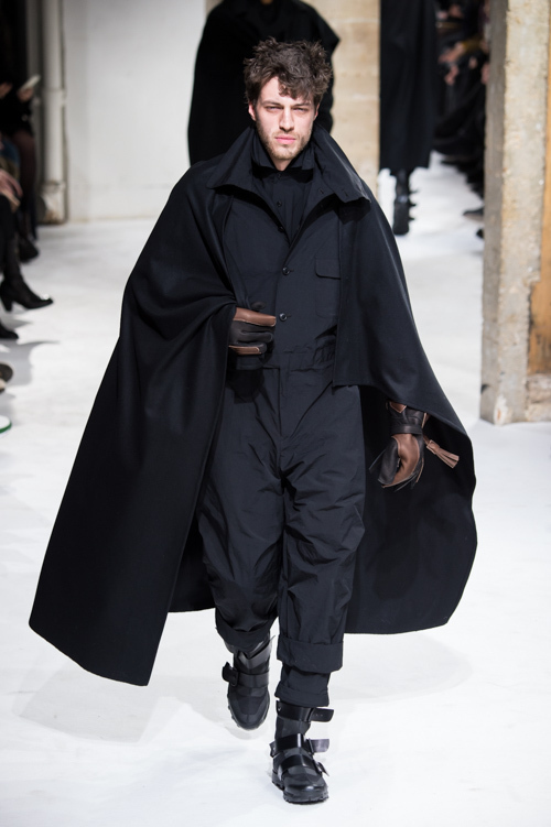 https://www.fashion-press.net/img/news/28380/yohji_17aw_94.jpg