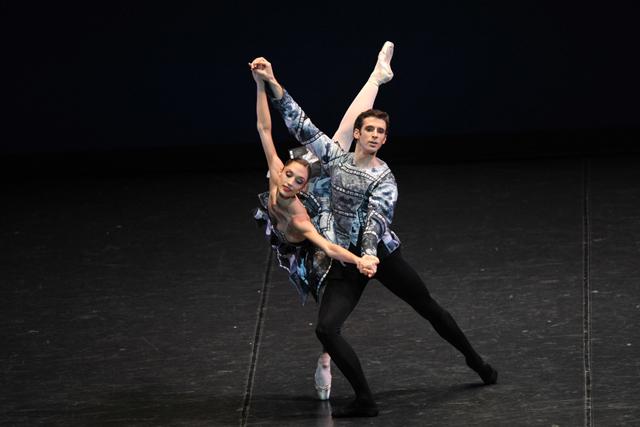 オペラ 座 バレエ