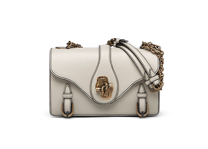 wholesale dealer b31a1 d7732 ボッテガ・ヴェネタから母の日にぴったりな新作バッグ&革小物を ...