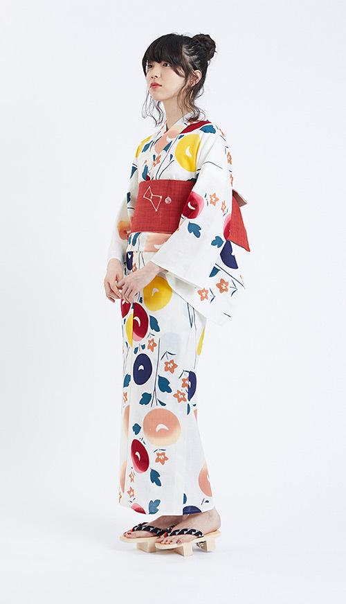 "KIMONO by NADESHIKO""かき氷シロップ""のようなカラフル浴衣"