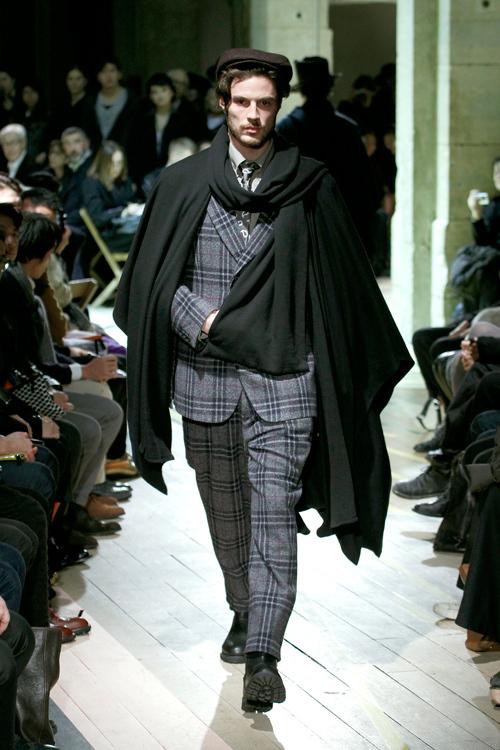 https://www.fashion-press.net/img/news/3190/yohjiyamamoto_men_2012aw_02.jpg