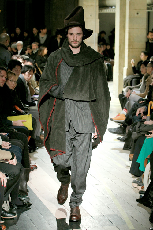 https://www.fashion-press.net/img/news/3190/yohjiyamamoto_men_2012aw_40.jpg