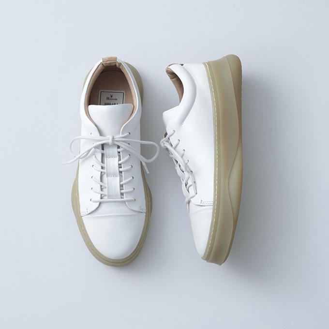 メゾン ミハラヤスヒロの新作スニーカー、踵の削れや靴の壊れをデザインに