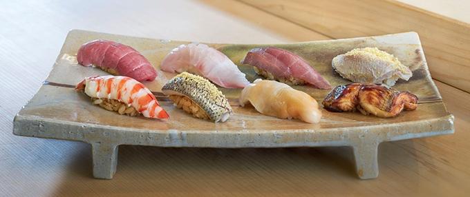 """人気店が集結する秋の「美味コレクション」新宿髙島屋で、魚を寝かせて旨味を引き出した""""熟成すし""""など"""