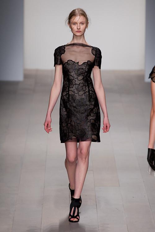マリオス ショワブ 2012-13年秋冬コレクション - ミステリアスな輝きをまとう運命の女