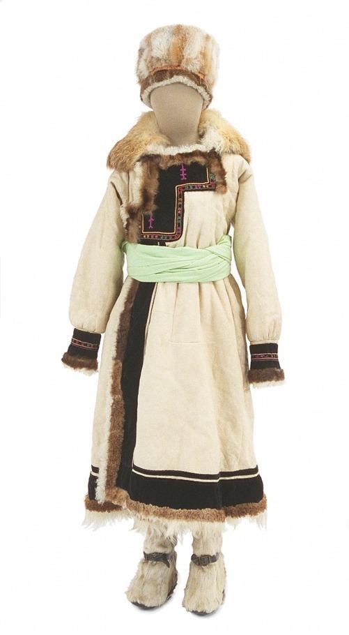 寒さと衣服」展が文化学園服飾博...