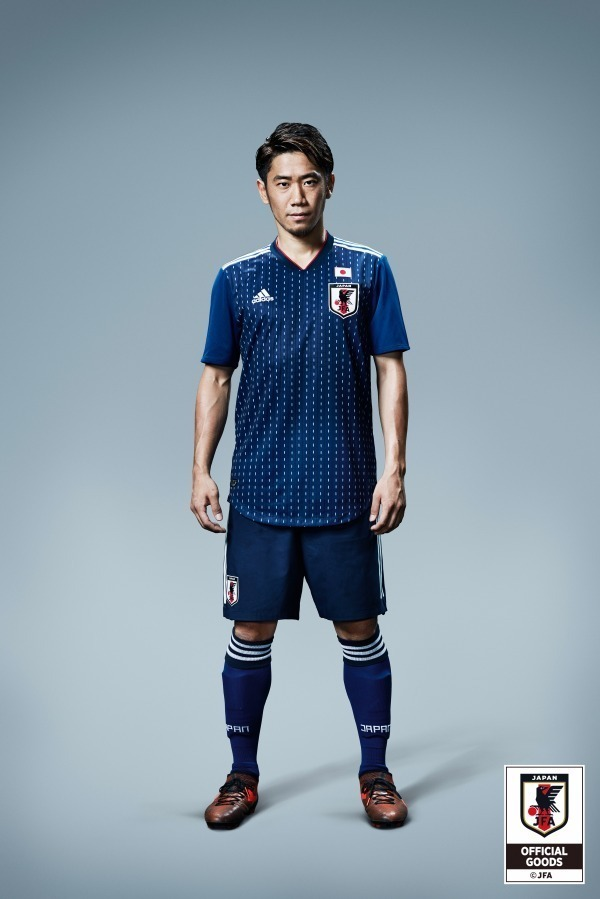 サッカー選手 ファッション 夏