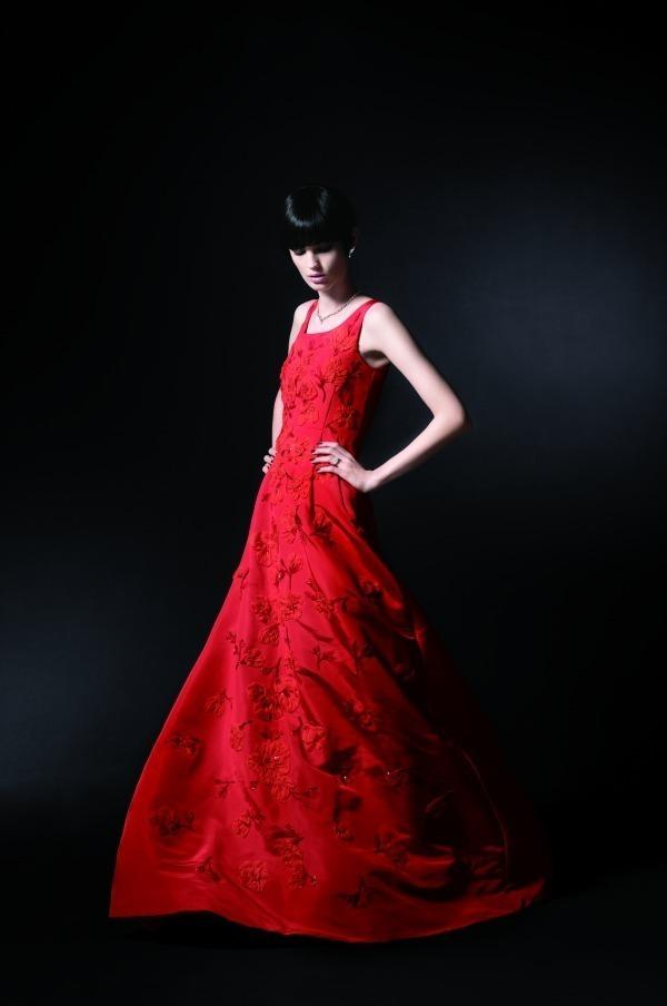 <阪急うめだ本店> 「憧れ体験福袋」ファッションショーモデル体験やプロカメラマンと巡るフォトツアーなど