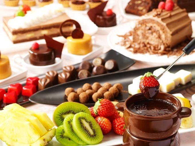 <浦和ロイヤルパインズホテル>フレッシュ苺食べ放題&チョコスイーツ