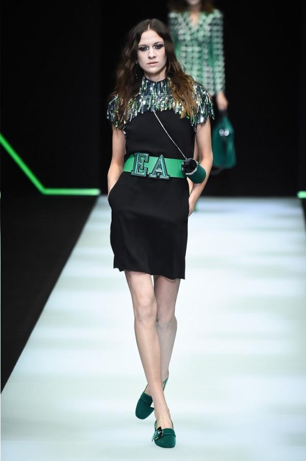 https://www.fashion-press.net/img/news/37687/emporio_18aw_05.jpg