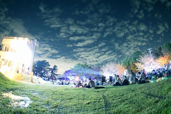 「夜空と交差する森の映画祭」の画像検索結果