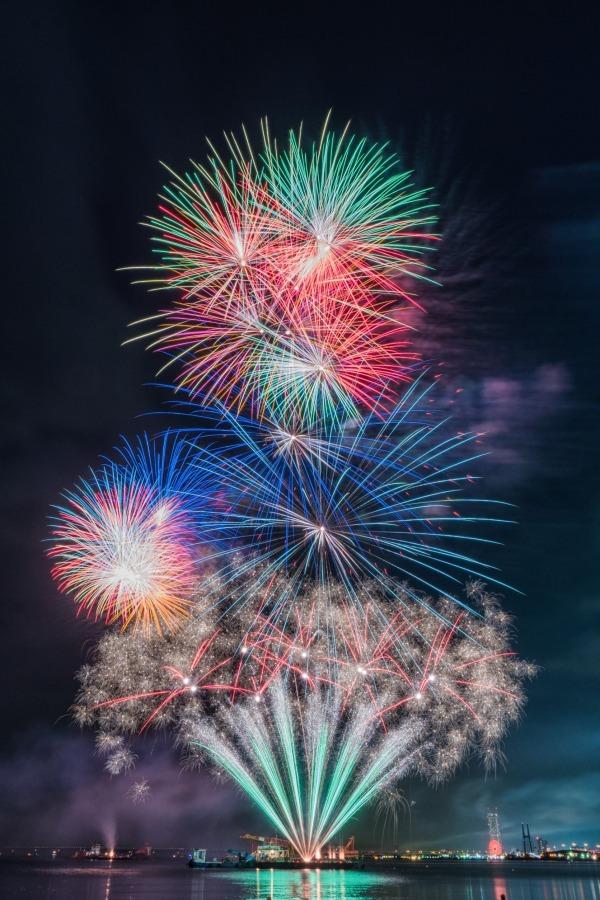 「泉州 光と音の夢花火」音楽と楽しむ花火大会、約20,000発を ...