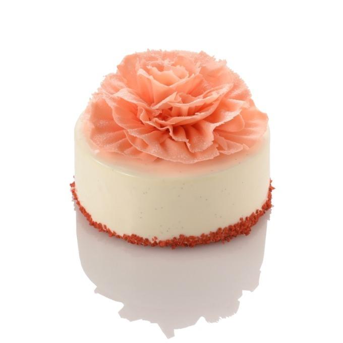 フレデリック・カッセル、ピンクのカーネーションが咲く限定ケーキ