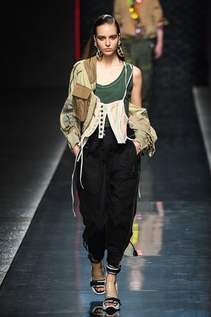 W300 dsquared 19ss womens 04