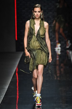 W300 dsquared 19ss womens 06