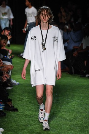 W300 offwhite 19ss 09