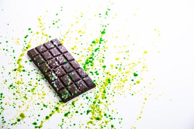 チョコミン党に贈るモヒート味の「カクテルショコラ」