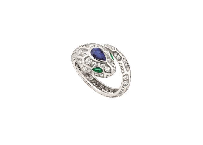 sale retailer d2e71 60291 ブルガリ「セルペンティ」新作ジュエリー - エメラルドの瞳が ...