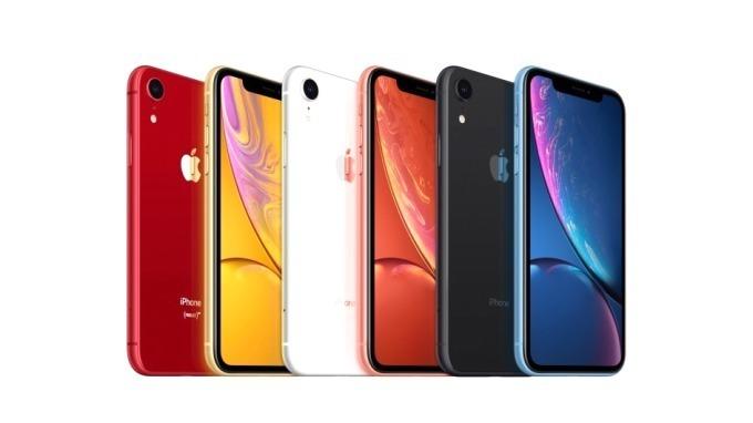 アップルの新型iPhone「iPhone XR」黒、赤、青など全6