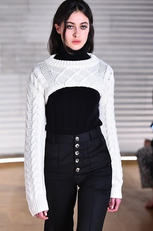 W300 each other19aw 190304 016
